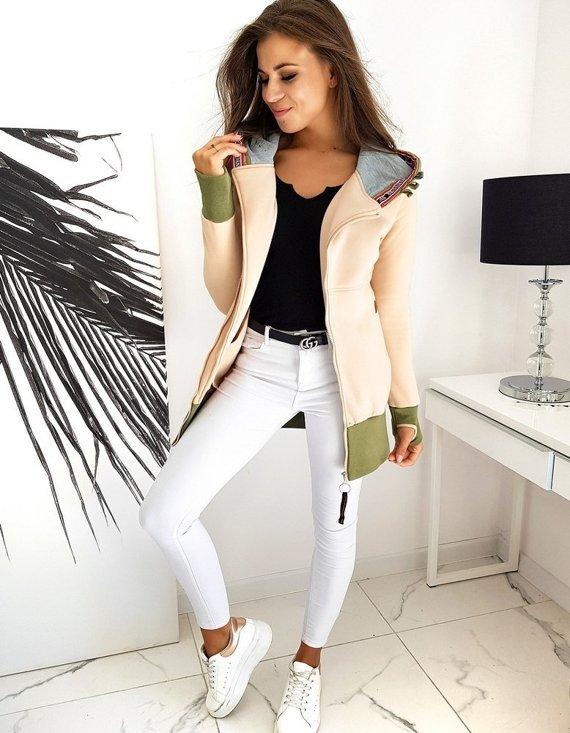 damska bluza dresowa - czy wypada nosić tylko ze spodniami?